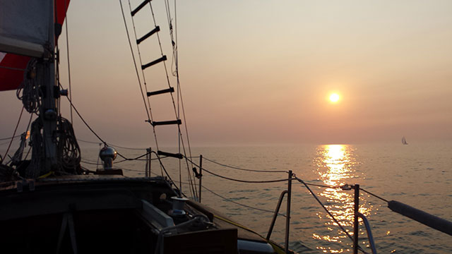 Light early morning wind during the Hook Race, Lake Michigan
